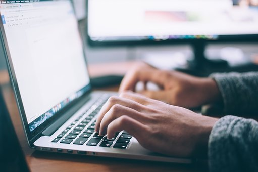 Facilitez la gestion de votre paie en utilisant un logiciel